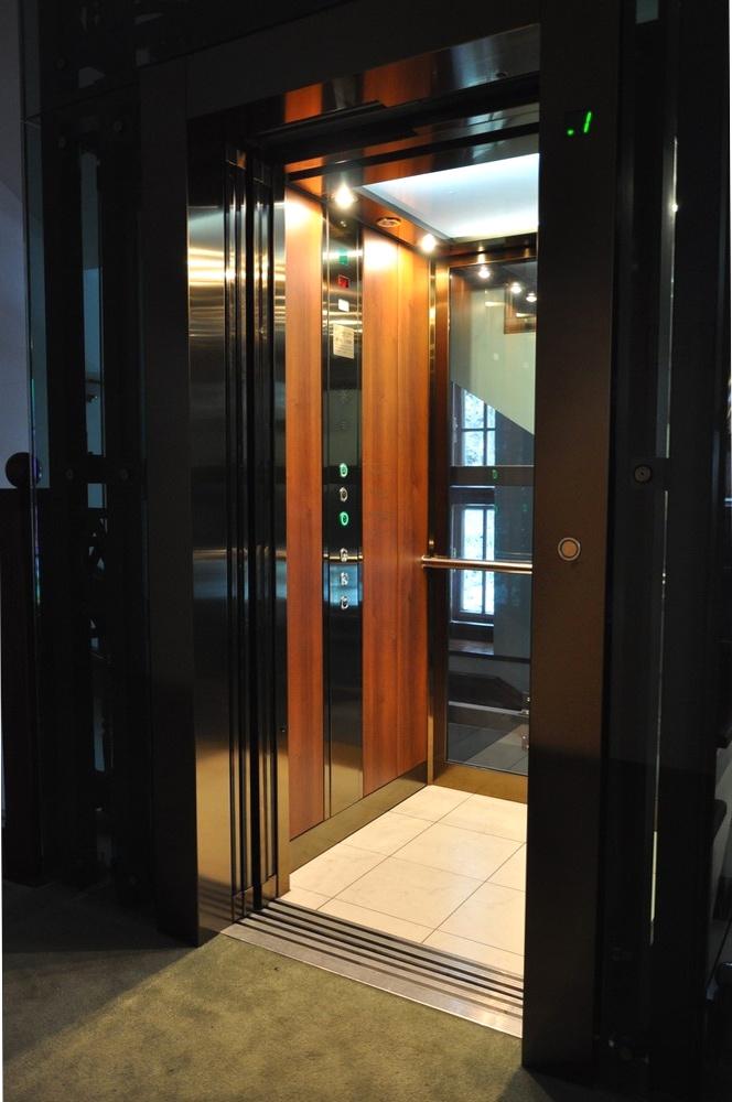 Продажа лифтов и оборудования