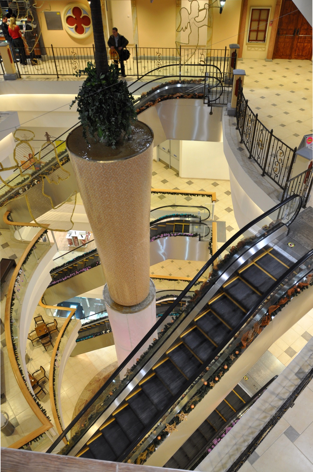 Эскалаторы от Лифткомсервис