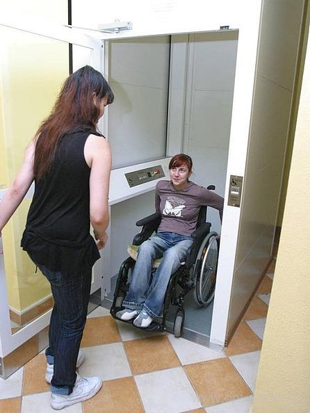 Лифт для инвалидов. Размеры лифтов для инвалидов